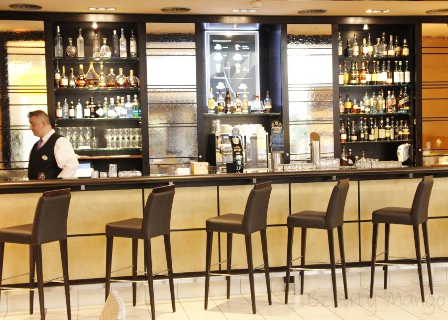 hotel-nikko-düsseldorf-lobby-bar